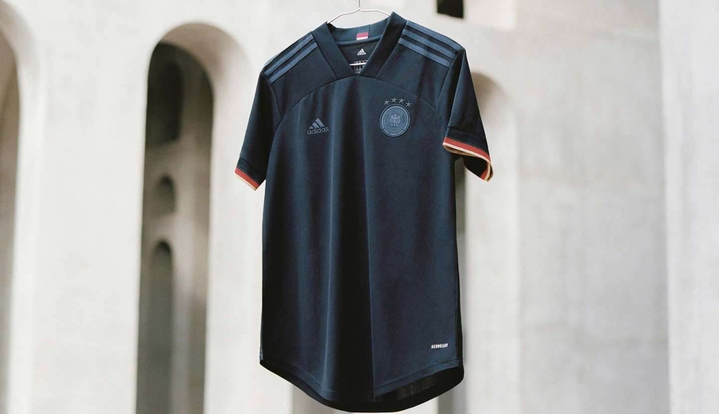 Nueva camiseta alternativa de Alemania marca adidas
