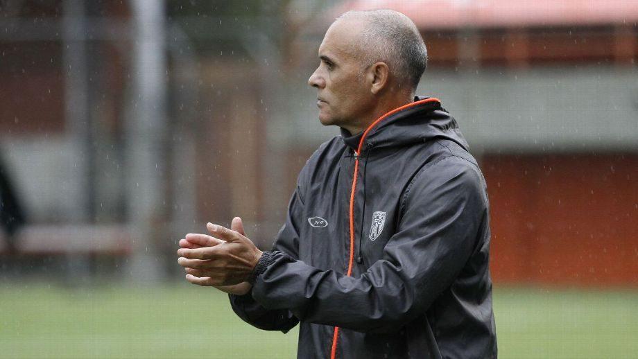 Oficial: José Arastey deja de ser técnico del Envigado FC