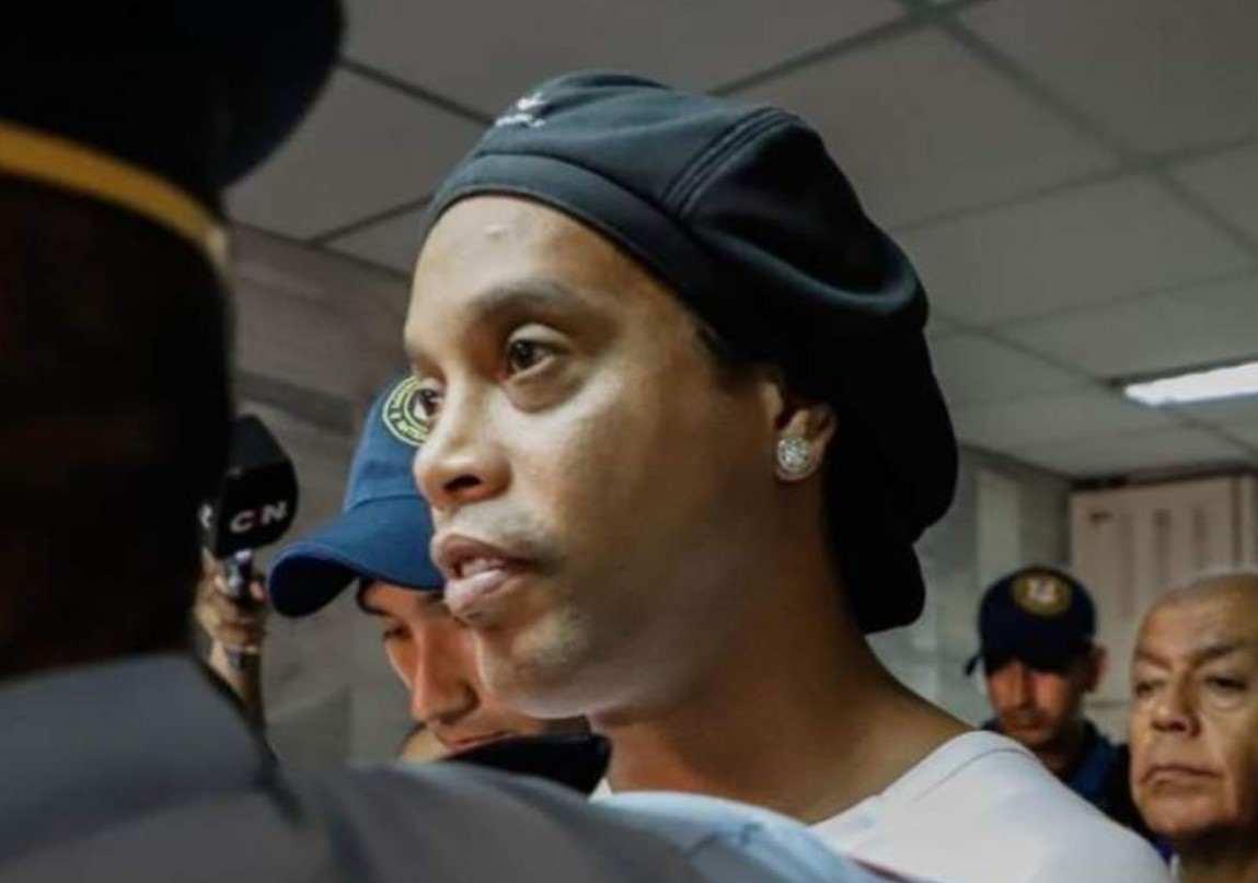 Ronaldinho, entre el alcohol y las malas amistades