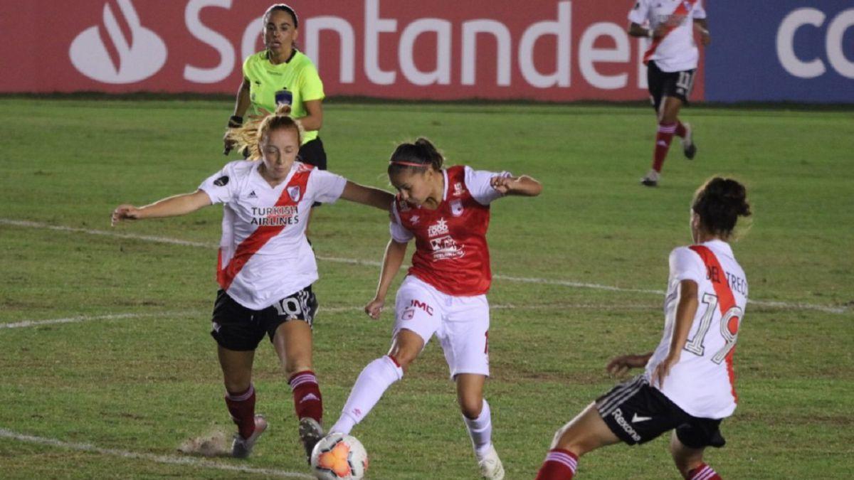 Cayeron las Leonas y aplazaron clasificación en Copa Libertadores