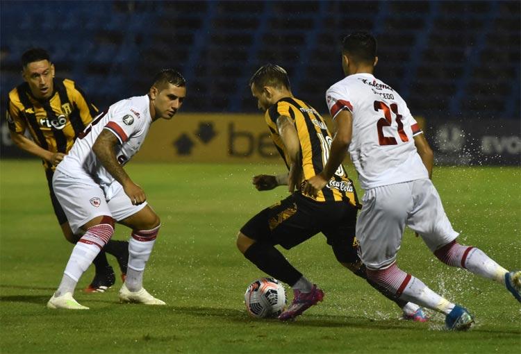 Guaraní será el rival de Atlético Nacional en la Copa Libertadores