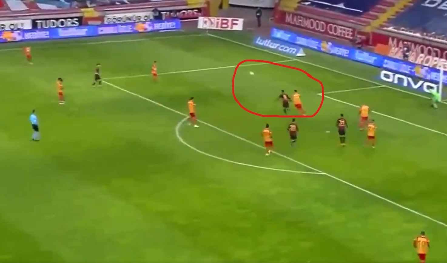 Así definió Falcao contra Kayserispor. ¡Categoría!