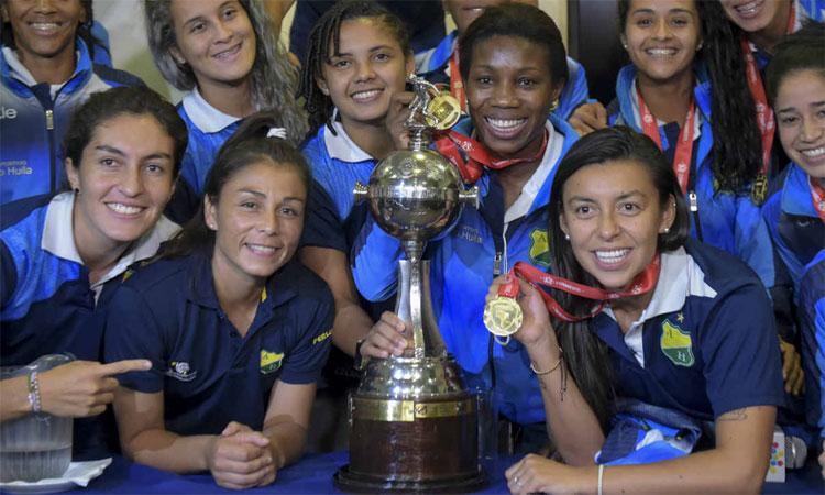 ¿Cuántos equipos colombianos han jugado finales de Libertadores Femenina?
