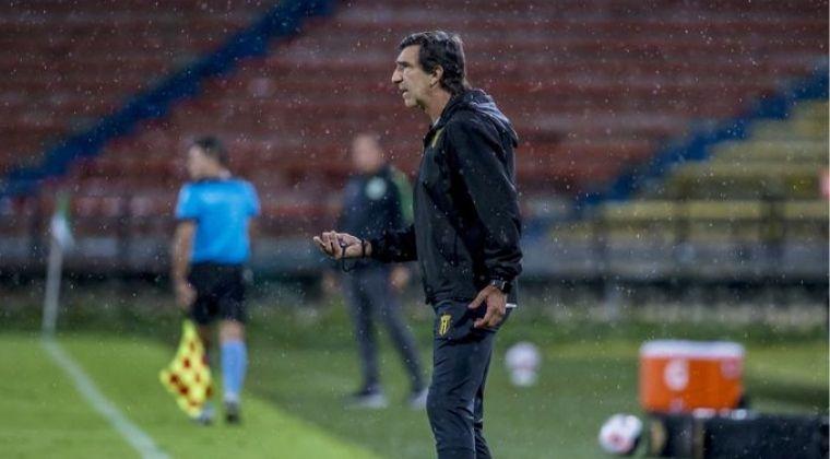 """Gustavo Costas sobre la derrota ante Atlético Nacional: """"Juegan muy bien, son favoritos"""""""