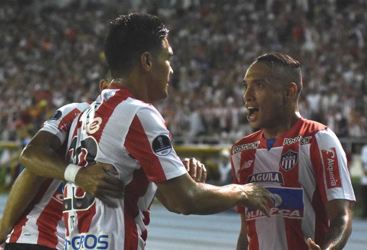 Cuando todo era felicidad entre Teo Gutiérrez y Jarlan Barrera