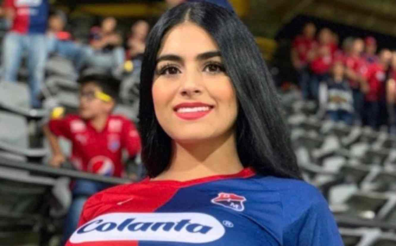 La promesa que hizo una hincha del DIM si Leo Castro hace un gol