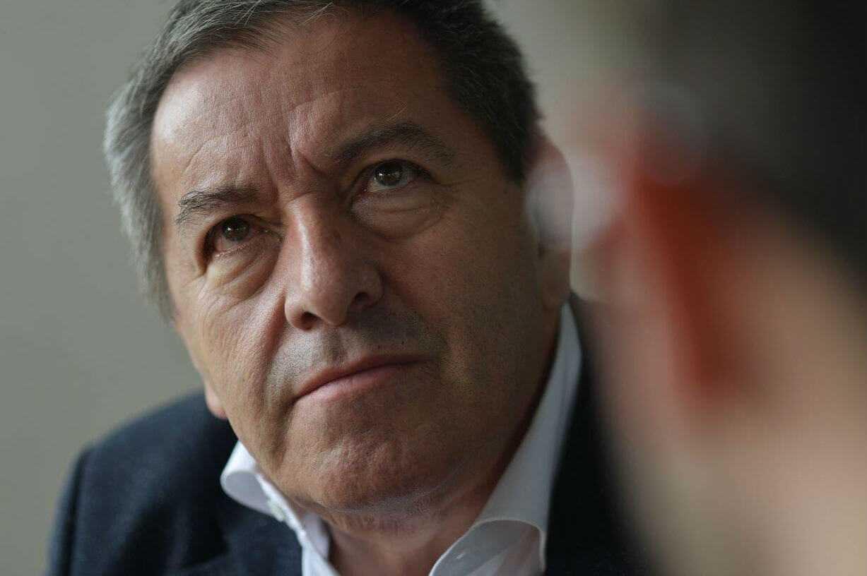 Eduardo Méndez, presidente de Santa Fe, hospitalizado por COVID-19