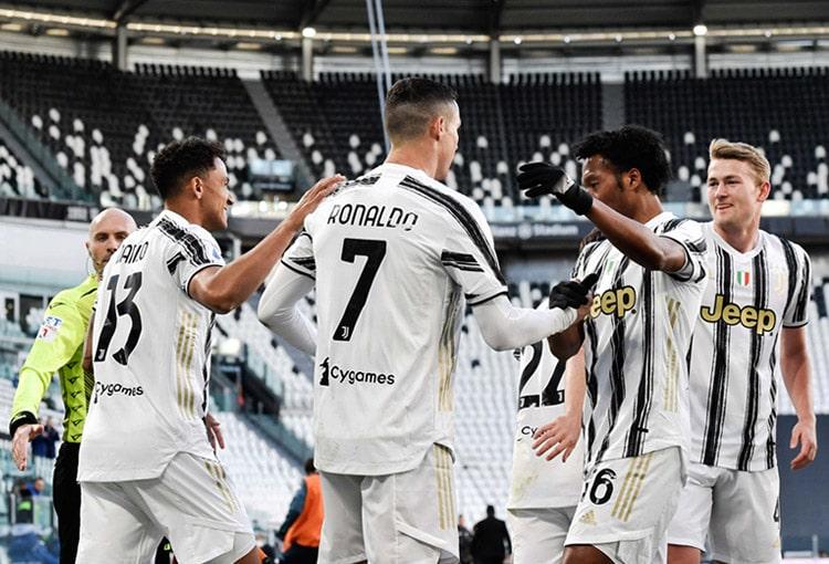 Juan Guillermo Cuadrado, Juventus FC, Genoa CFC, Serie A 2020-21, Selección Colombia