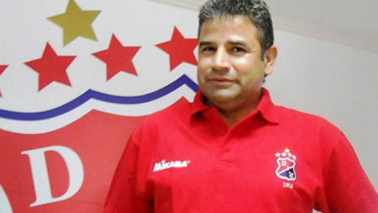 Trágica noticia en el fútbol colombiano. Falleció 'El Teacher' Berrío