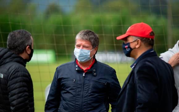 Oficial: DIM confirma que el 'Bolillo' Gómez salió positivo para Covid-19 y presenta síntomas