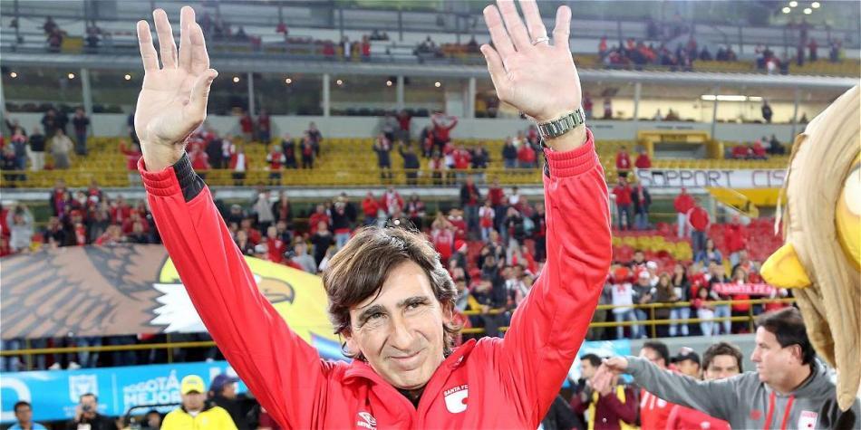 Gustavo Costas dejará de ser el DT de Guaraní en el peor momento de Santa Fe, ¿coincidencia?