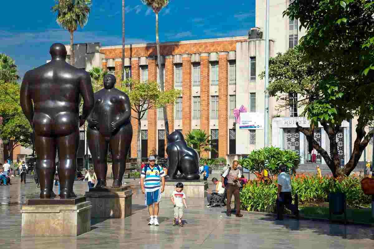 ¿Hay pico y cédula en Medellín para el lunes 3 de mayo?