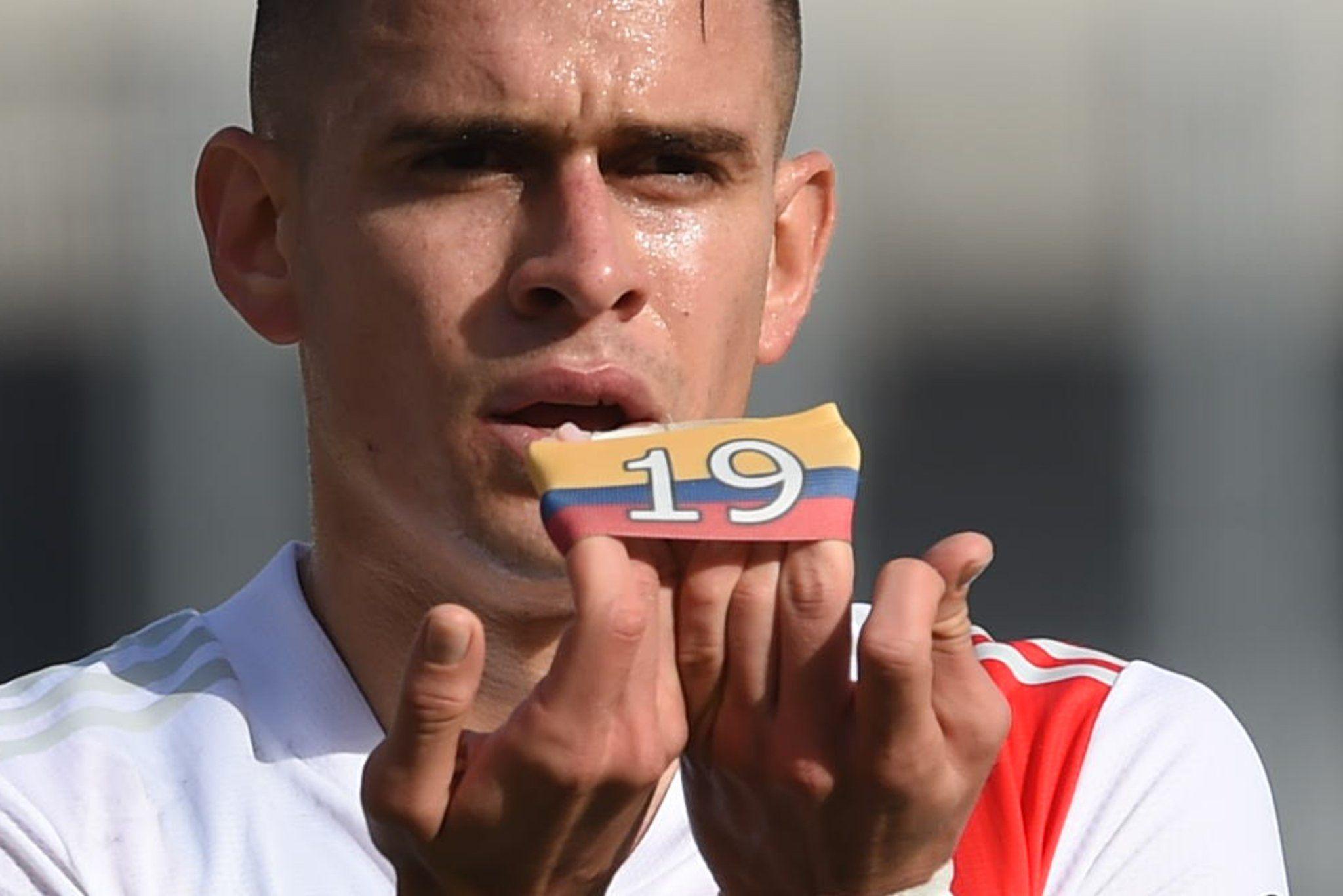 Rafa Borré: gol con River Plate y dedicatoria a la situación de Colombia