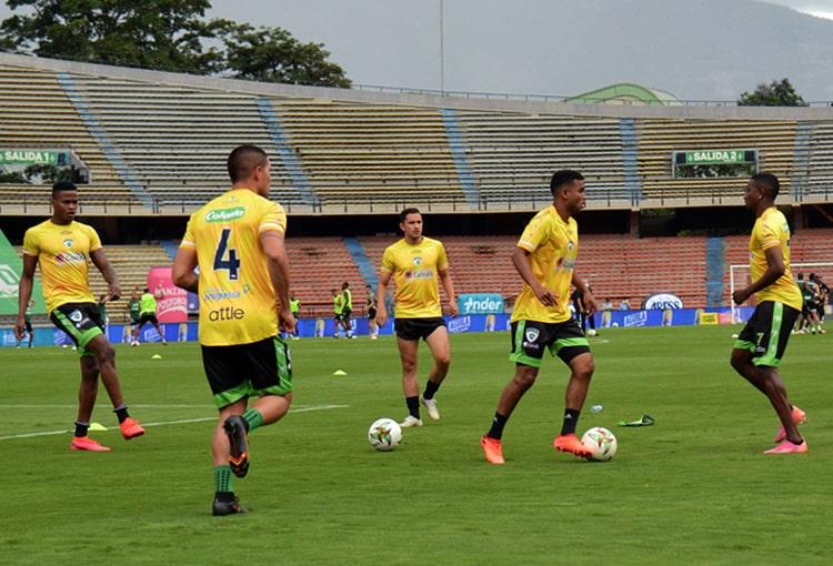 Larry Angulo, La Equidad Seguros, Deportivo Independiente Medellín, DIM, fichajes DIM 2021-II