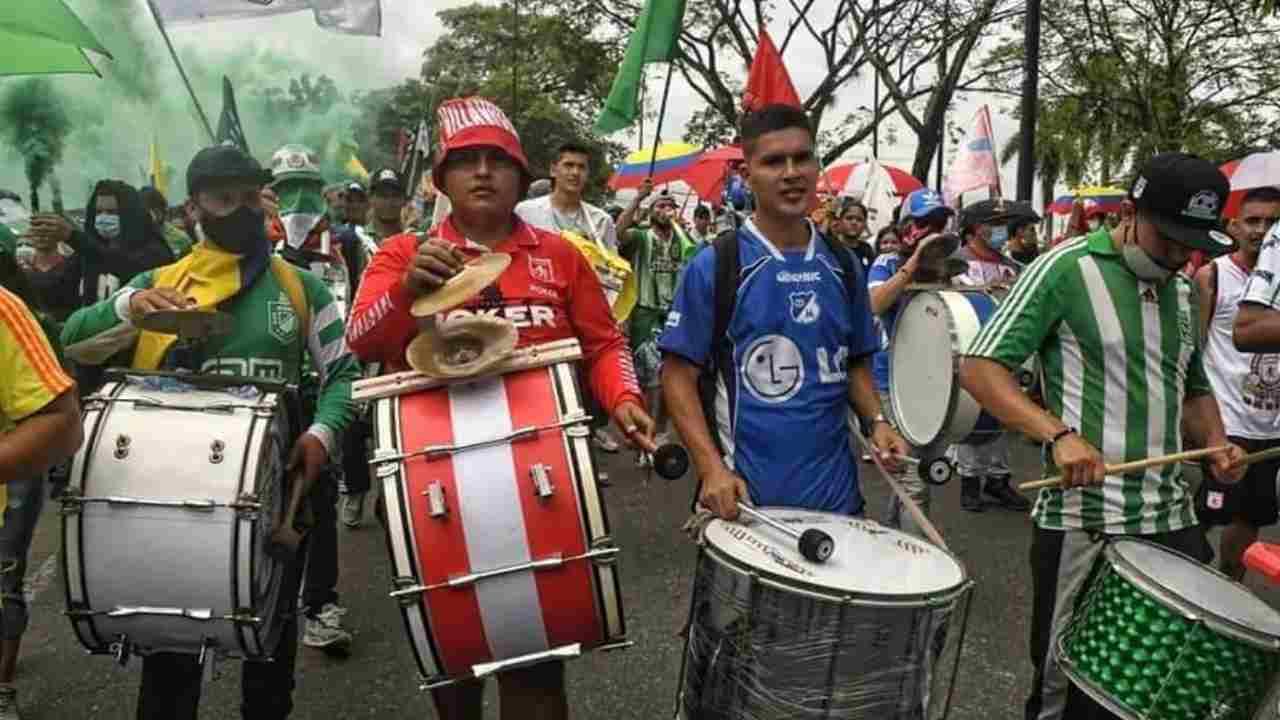 Las barras de varios equipos se unieron en Villavicencio