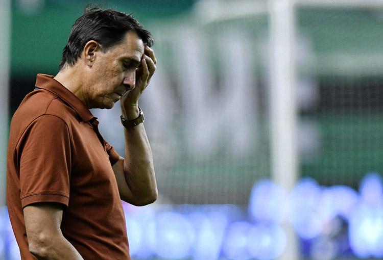 """Guimarães: """"Nos estamos involucrando demasiado emocionalmente en el juego"""""""