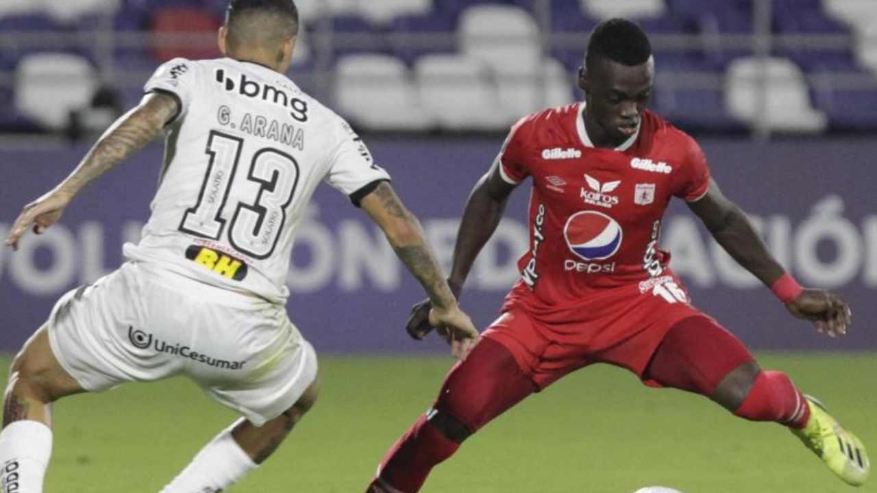 Un equipo de Champions League y dos de Premier League quieren a Santiago Moreno