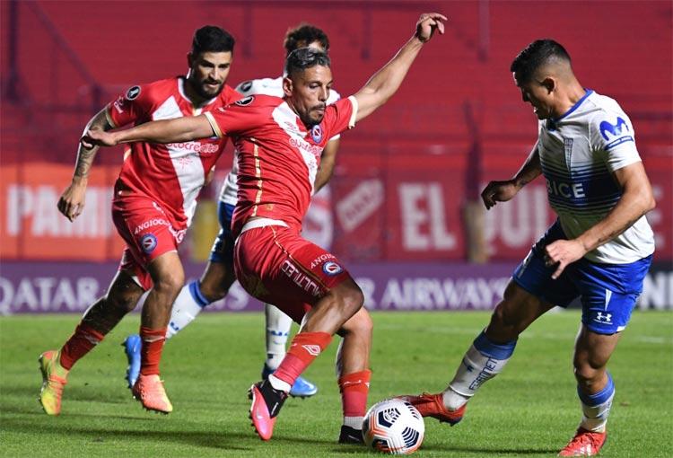 Atlético Nacional en Libertadores: resultado entre Argentinos Juniors y U. Católica y las posiciones