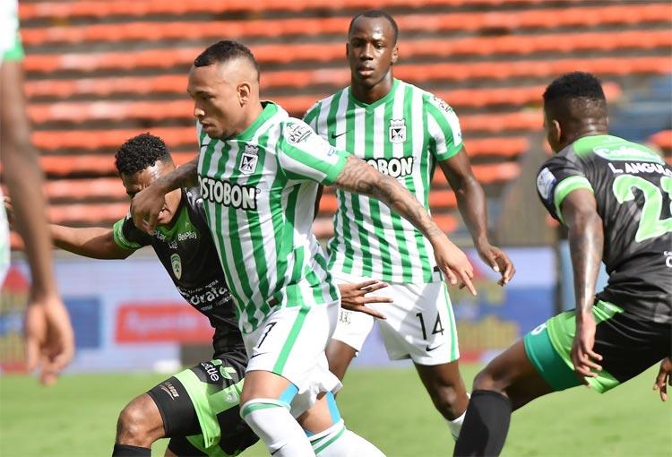 Hinchas de Junior se acuerdan de Jarlan y Álvez tras la eliminación de Atlético Nacional