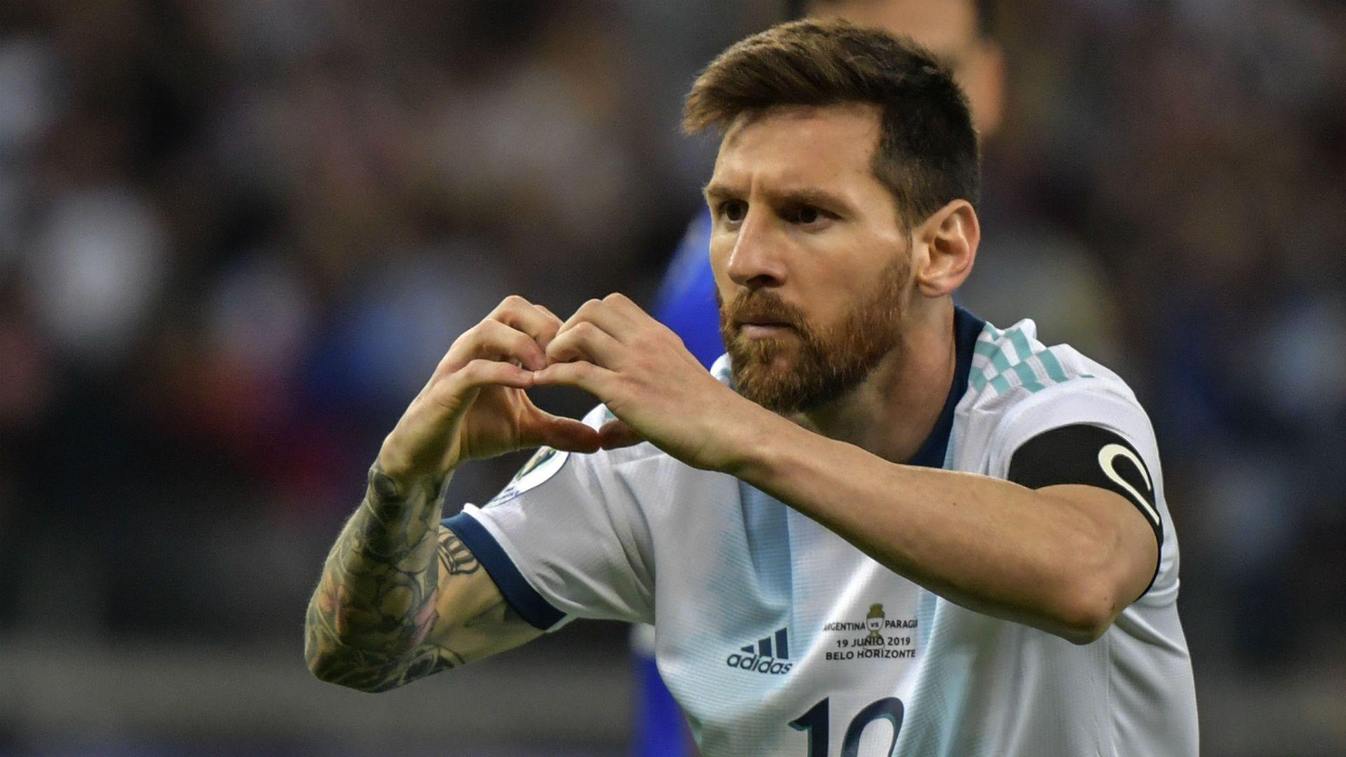 Hinchas en Barranquilla esperaron 10 horas para ver a Lionel Messi