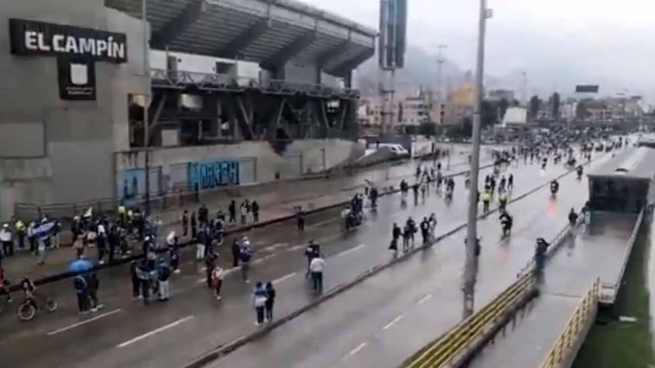 Hinchas de Millonarios protagonizaron enfrentamientos con el ESMAD tras la final