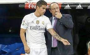 Hinchas del Everton inconformes con el trato de Rafa Benítez a James Rodríguez