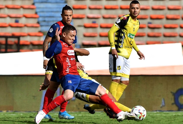 Javier Reina, DIM, fichajes DIM 2021-II, Deportivo Independiente Medellín, Estudiantes de La Plata