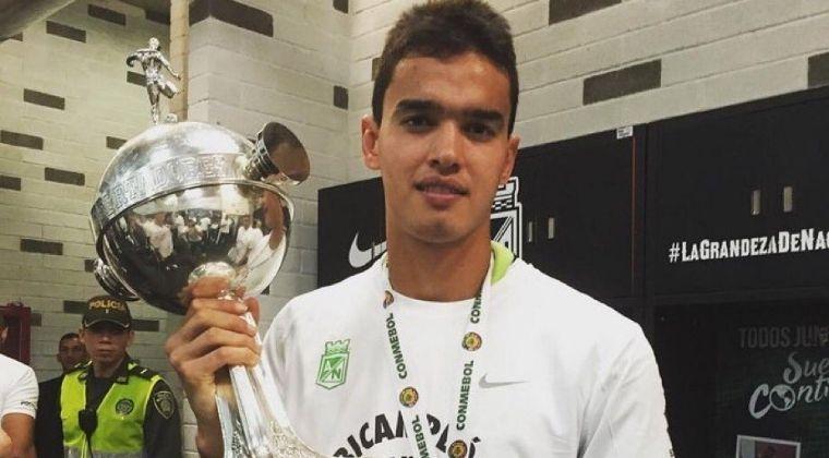 """Felipe Aguilar: """"Yo vengo a contribuir porte o no la cinta de capitán. El capitán es Jéfferson"""""""