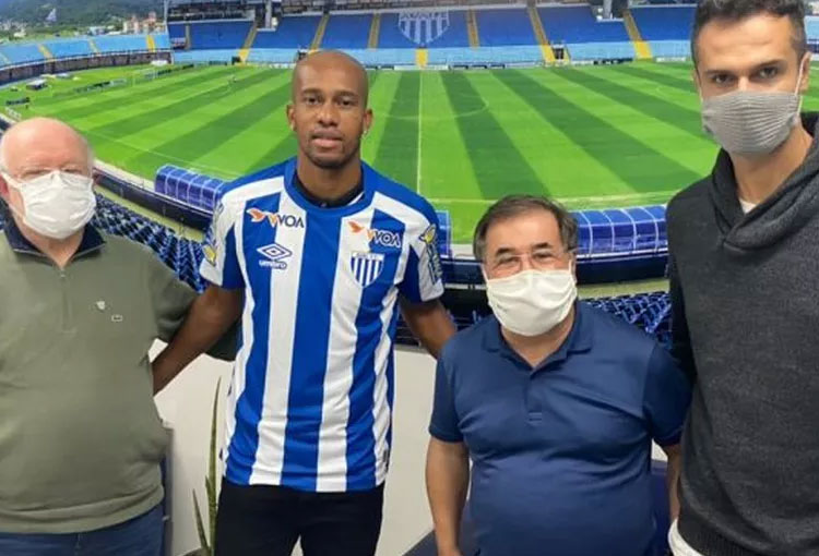 El equipo de Segunda División que confirmó el fichaje de Jonathan Copete