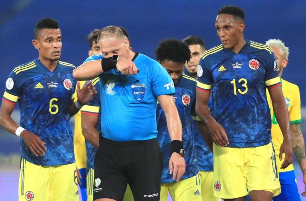¿Fallaron el VAR y Pitana por darle el gol a Brasil?