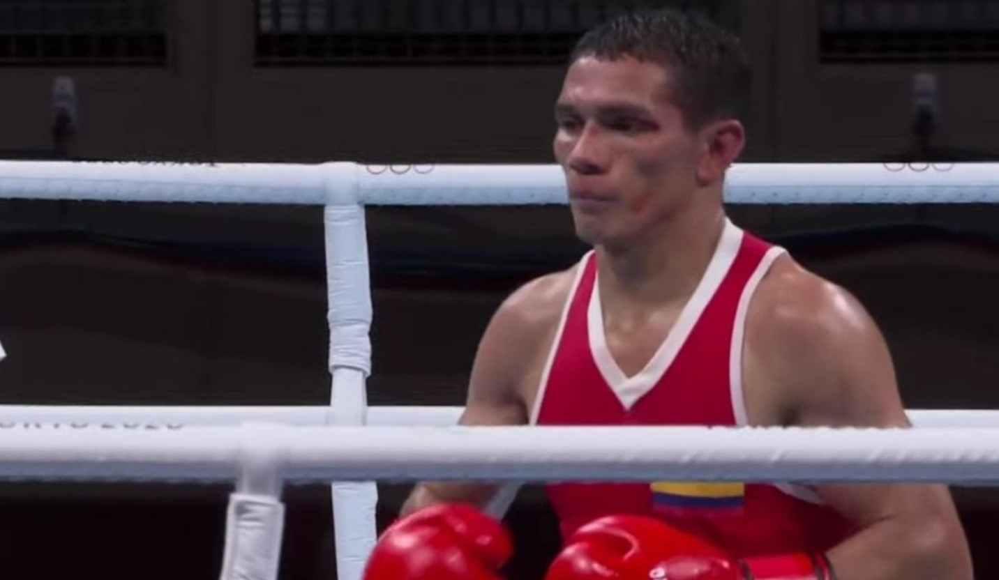 Céiber Ávila, a cuartos de final en boxeo peso pluma