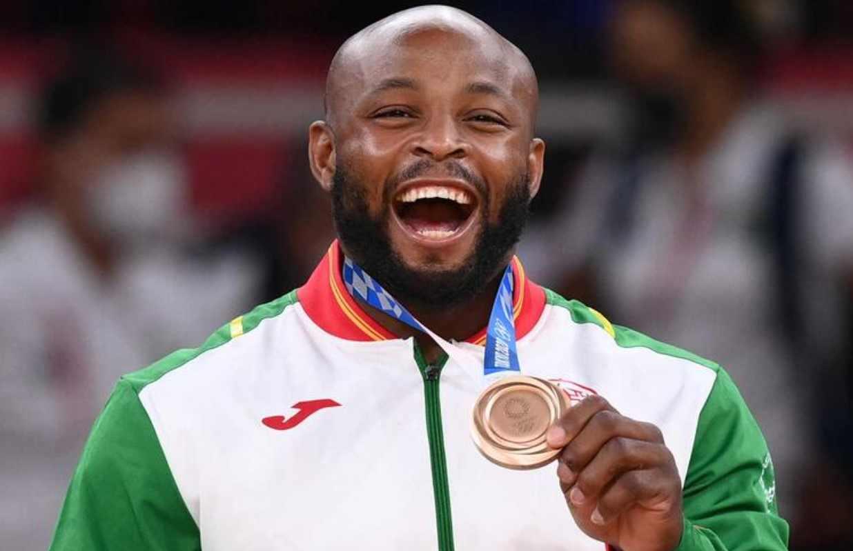 Criticó a Puma y adidas después de ganar bronce en Tokio 2020
