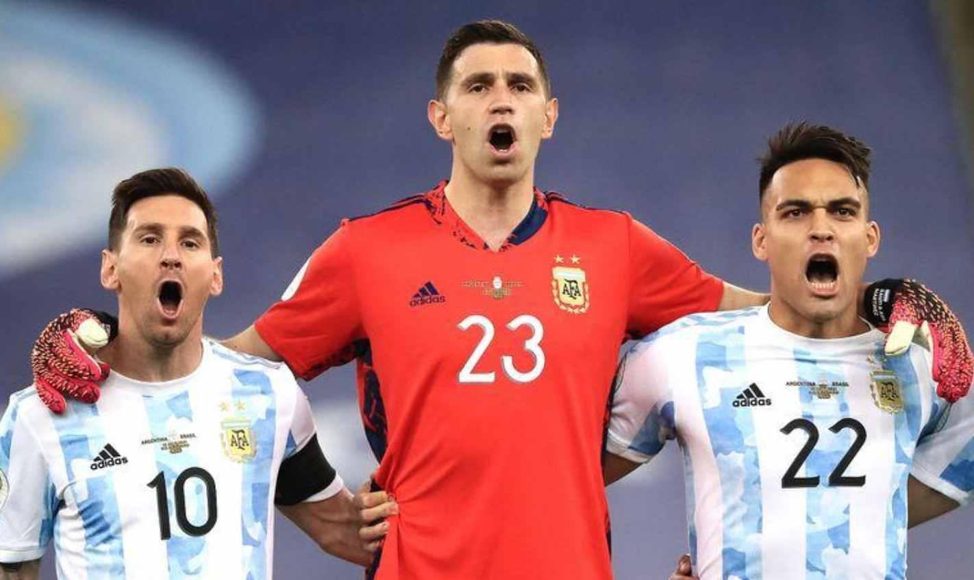 El Dibu Martínez también hizo lo suyo contra Brasil