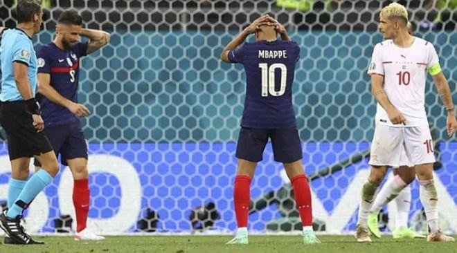 Salieron a la luz fuertes peleas al interior de la Selección de Francia, eliminada de la Eurocopa