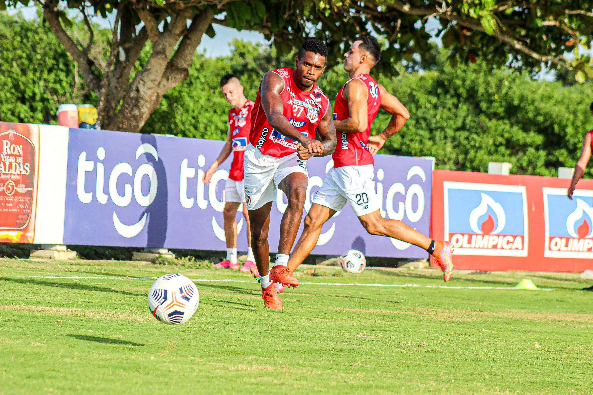Las bajas de Junior no opacan su ilusión: comienza camino en Copa Sudamericana