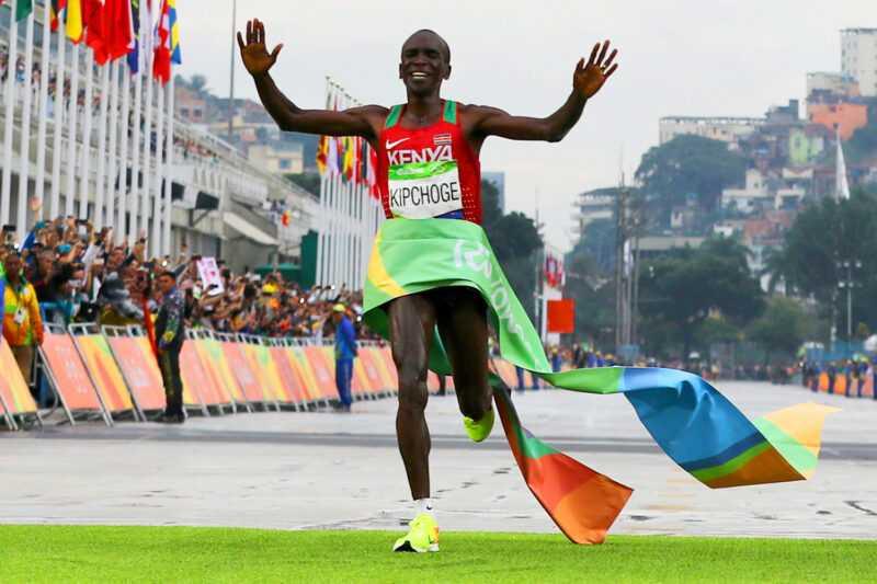 Organización de los Olímpicos pide evitar aglomeraciones en las calles