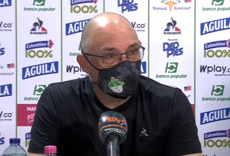 """Alfredo Arias, el VAR y su declaración por los arbitrajes: """"Ya no aguanto más"""""""
