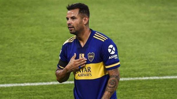 Edwin Cardona reunió al plantel de Boca Juniors y les ofreció disculpas en entrenamiento