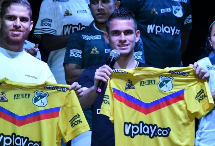 Deportivo Cali y el otro equipo colombiano en el que jugaría Santos Borré