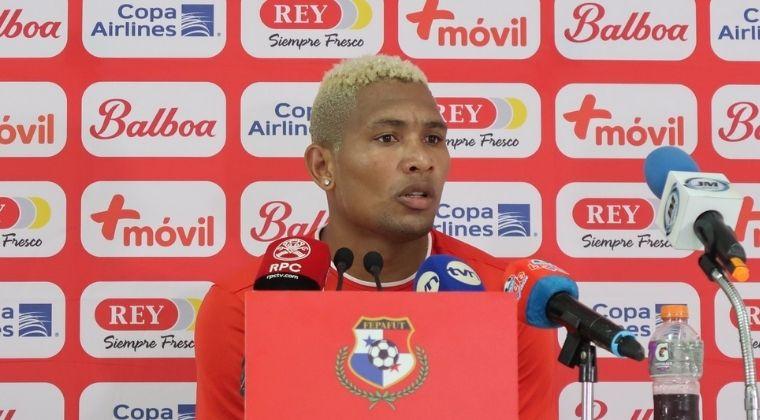 ¿Quién es Ronaldo Dinolis, el delantero extranjero que será nuevo refuerzo de Santa Fe?
