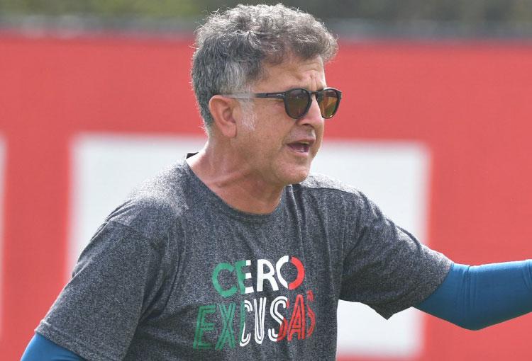 """Osorio: respuesta a Rodallega y el delantero de América que """"tiene potencial de ser el próximo Duván Zapata"""""""