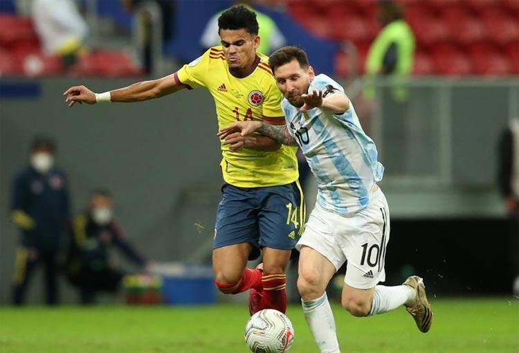¿Qué camiseta de Argentina eligió Luis Díaz en lugar de la de Leo Messi?