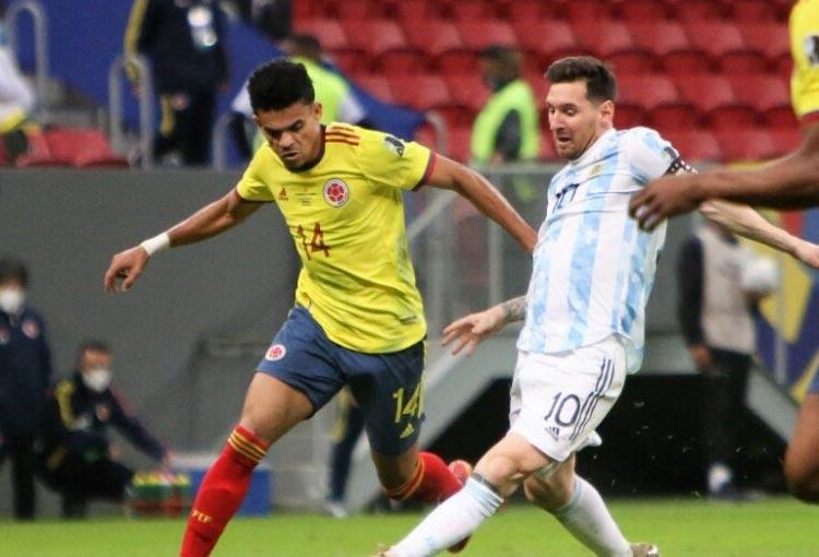 ¿Luis Díaz superó en algo a Lionel Messi en la Copa América?