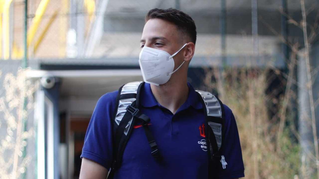 Santiago Arias: a horas de ser oficializado por su nuevo club