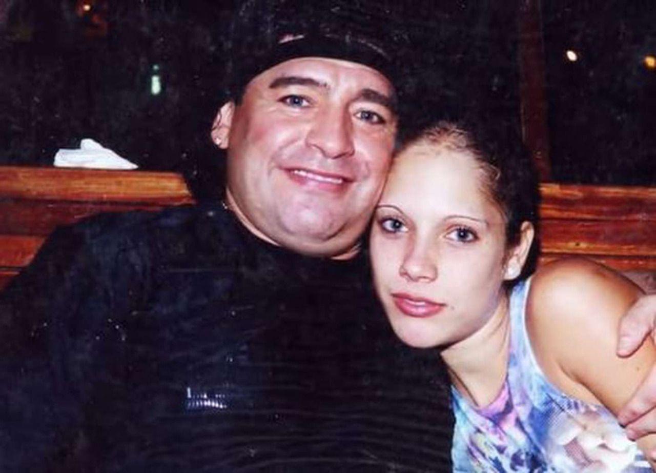 """ExNovia de Maradona se confesó: """"Diego me llevó a las drogas cuando tenía 16 años"""""""