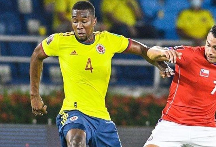 Carlos Cuesta: el central que llega con los mejores números a Selección Colombia