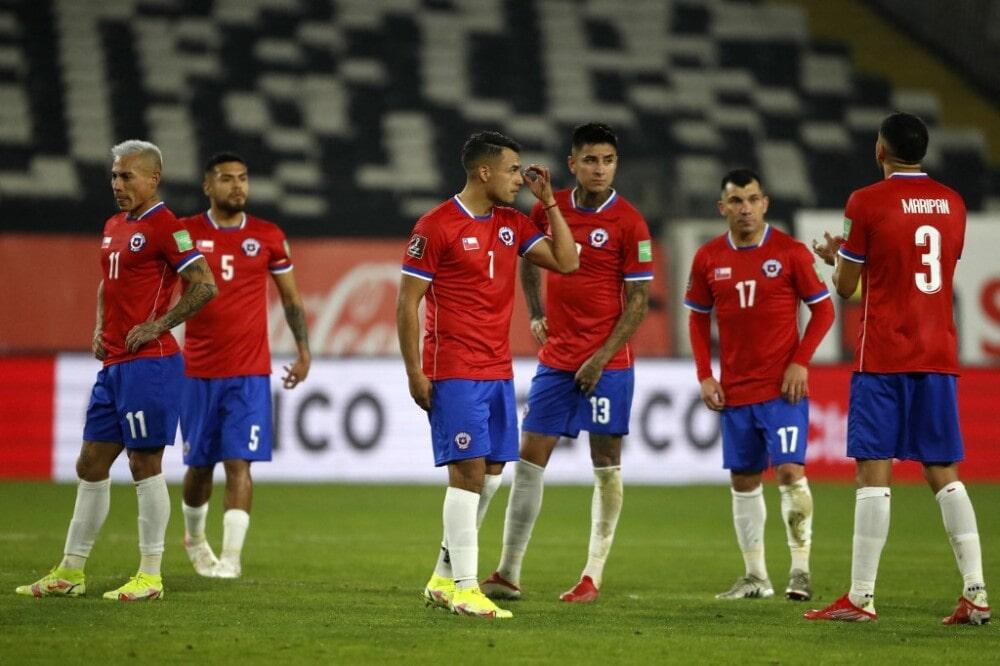 ¿Se va a cuidar Chile en Barranquilla? El posible onceno defensivo ante Colombia