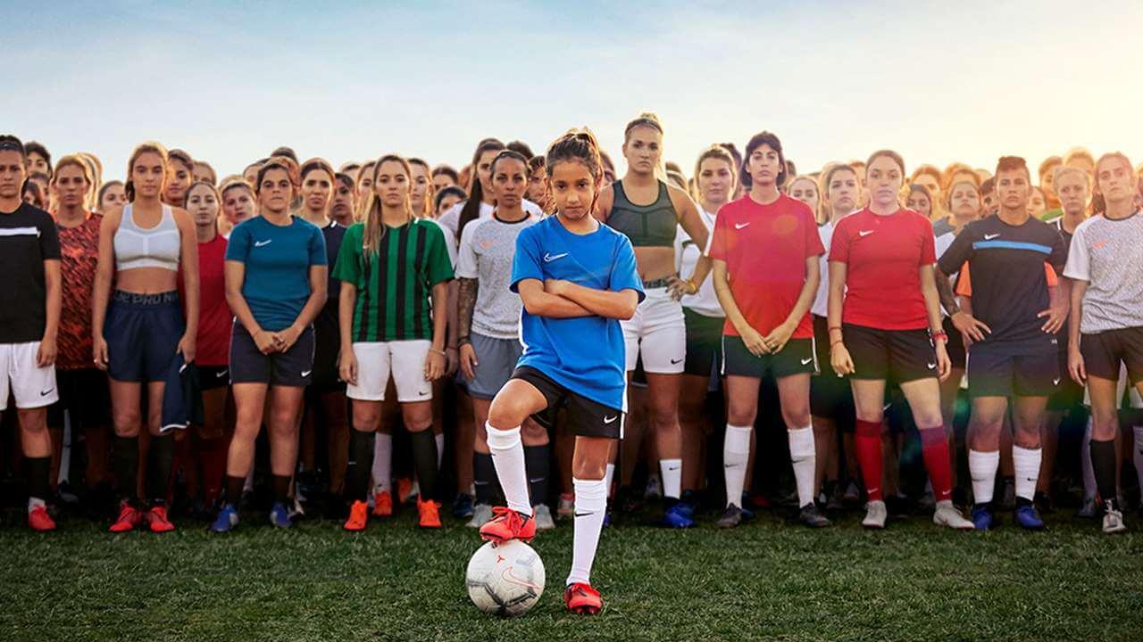 Fútbol y Ellas