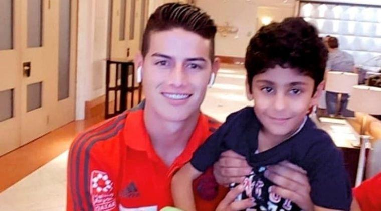 Medio catarí revela primera foto de James Rodríguez con camiseta del Al Rayyan