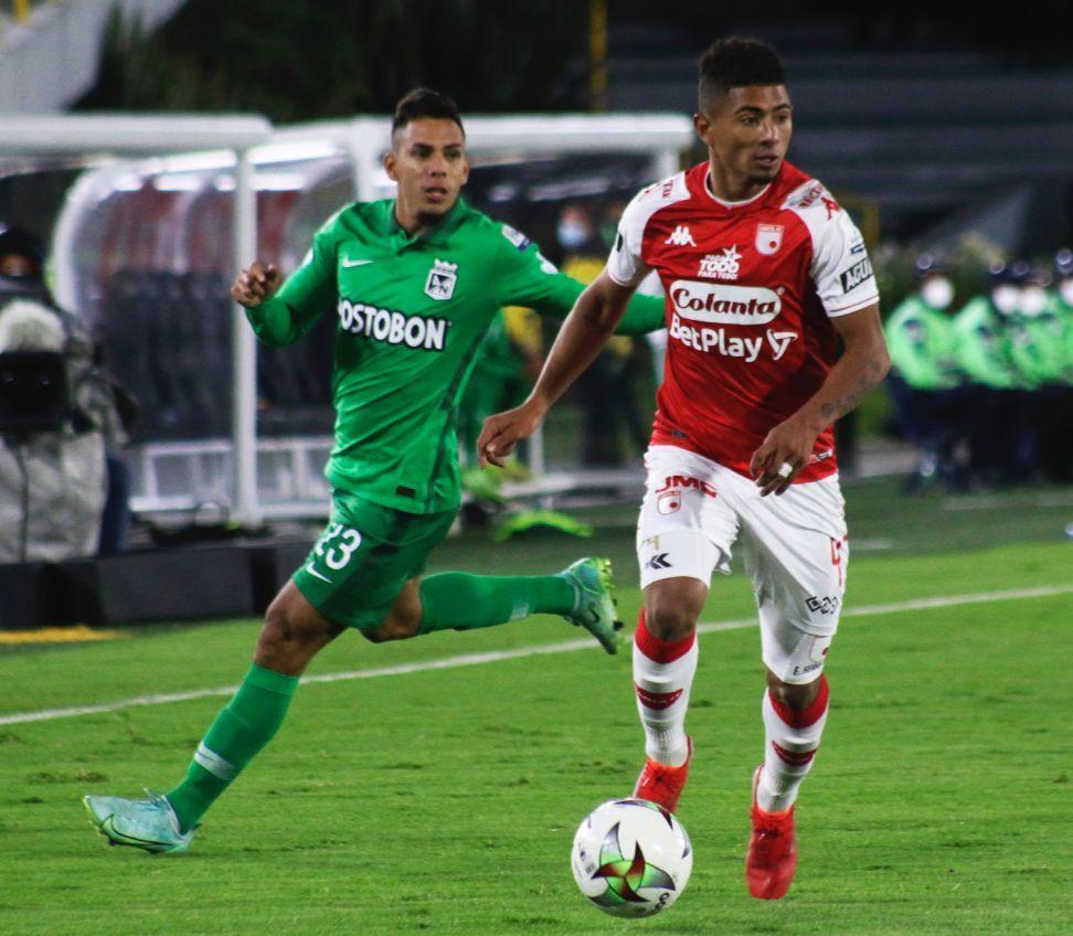 ¿Cuál es el historial entre Atlético Nacional e Independiente Santa Fe?
